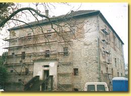 Tvrz v obci Kurovice